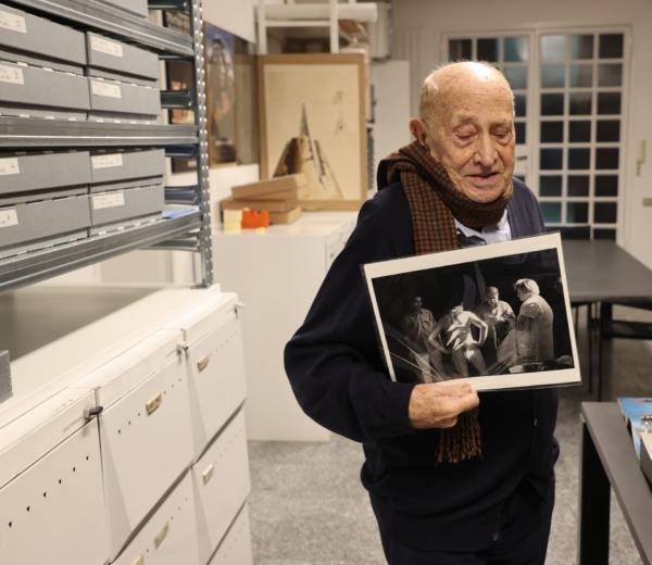 visita nello studio di Arnaldo Pomodoro